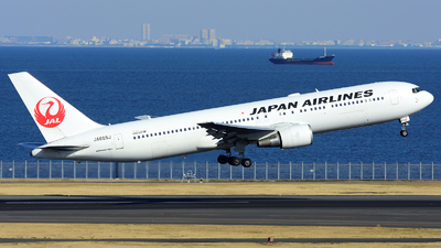 JA655J - Boeing 767-346(ER) - Japan Airlines (JAL)