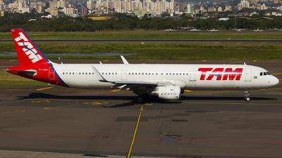 PT-XPH - Airbus A321-211 - TAM Linhas Aéreas