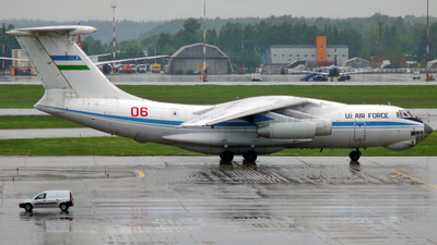 06 - Ilyushin IL-76MD - Uzbekistan - Air Force