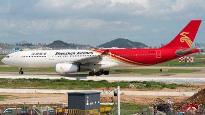 B-1072 - Airbus A330-343 - Shenzhen Airlines