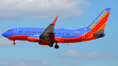 N783SW - Boeing 737-7H4 - Southwest Airlines
