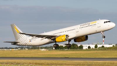 EC-MJR - Airbus A321-231 - Vueling