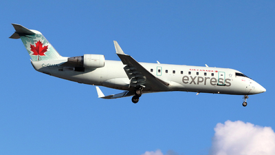 A picture of CGUJA - Mitsubishi CRJ200ER - Air Canada - © Guy Langlois