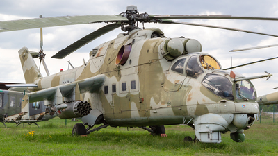 98-32 - Mil Mi-24D Hind D - Germany - Air Force