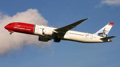 G-CKWB - Boeing 787-9 Dreamliner - Norwegian