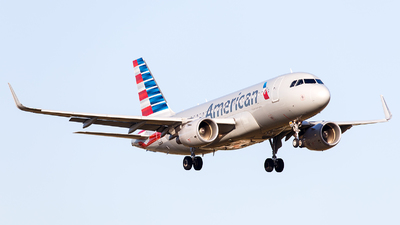 N4005X - Airbus A319-115 - American Airlines