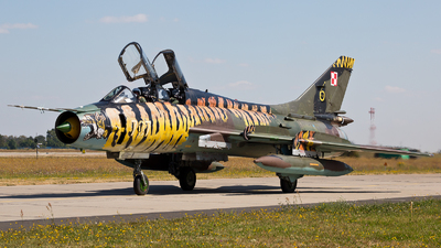 707 - Sukhoi Su-22UM3K Fitter - Poland - Air Force
