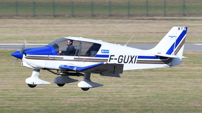 A picture of FGUXI - Robin DR400/120 - [2476] - © bruno muthelet