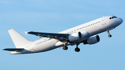 A picture of YLLCS - Airbus A320214 - SmartLynx - © Laszlo Fekete