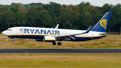 A picture of EIDHV - Boeing 7378AS - Ryanair - © Tim Richter