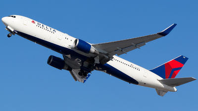 A picture of N154DL - Boeing 7673P6(ER) - [25241] - © Alec Mollenhauer