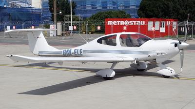 OM-ELE - Diamond DA-40D Diamond Star - JetAge