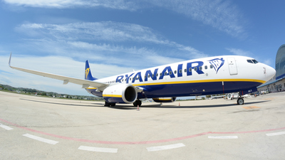 A picture of 9HQCY - Boeing 7378AS - Ryanair - © Luigi Orlandi