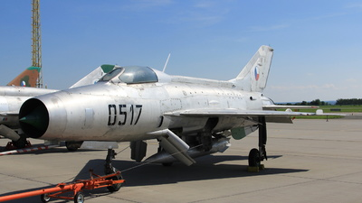 0517 - Mikoyan-Gurevich MiG-21F-13 Fishbed C - Czechoslovakia - Air Force