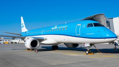 A picture of PHEZA - Embraer E190STD - KLM - © Martin Rogosz
