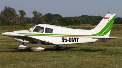 S5-DMT - Piper PA-28-140 Cherokee Cruiser - Private