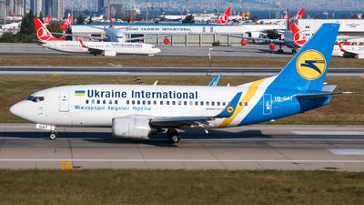 UR-GAT - Boeing 737-528 - Ukraine International Airlines