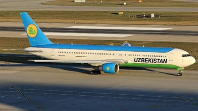 UK-67004 - Boeing 767-33P(ER) - Uzbekistan Airways