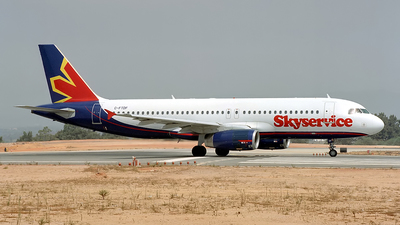 C-FTDF - Airbus A320-231 - Skyservice Airlines