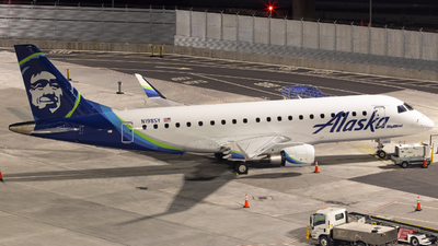 N198SY - Embraer 170-200LR - Alaska Airlines (Skywest Airlines)