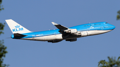 A picture of PHBFW - Boeing 747406(M) - KLM - © ceci wong