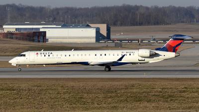 A picture of N930XJ - Mitsubishi CRJ900LR - Delta Air Lines - © DJ Reed - OPShots Photo Team