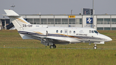ZS-OIF - Hawker Siddeley HS-125-731A - Zenith Air