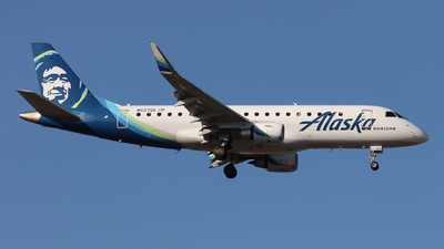 A picture of N627QX - Embraer E175LR - Alaska Airlines - © Ethan Peters
