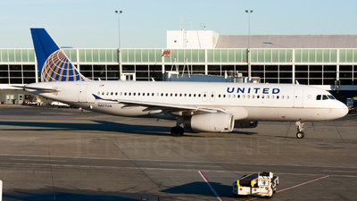 N477UA - Airbus A320-232 - United Airlines