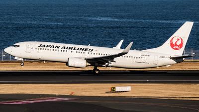 JA337J - Boeing 737-846 - Japan Airlines (JAL)