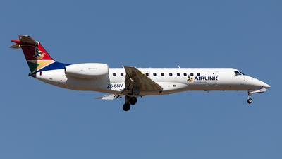 A picture of ZSSNV - Embraer ERJ135LR - Airlink - © Sebastian Sowa