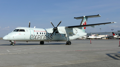 C-FJFM - Bombardier Dash 8-311 - Air Canada Express (Jazz Aviation)