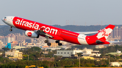 A picture of 9MXXC - Airbus A330343 - AirAsia X - © B.K JEONG