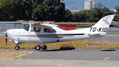 TG-KID - Cessna 210 Centurion - Private