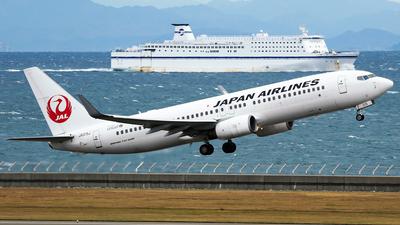 JA315J - Boeing 737-846 - Japan Airlines (JAL)