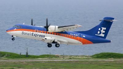 PJ-XLM - ATR 42-320 - BonairExel