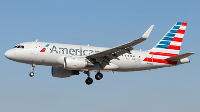 N8027D - Airbus A319-115(LR) - American Airlines