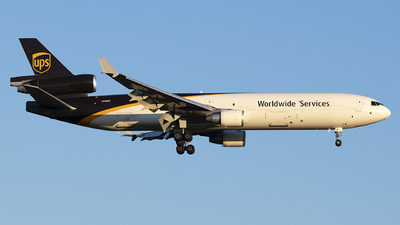 A picture of N280UP - McDonnell Douglas MD11F - UPS Airlines - © Mark Szemberski