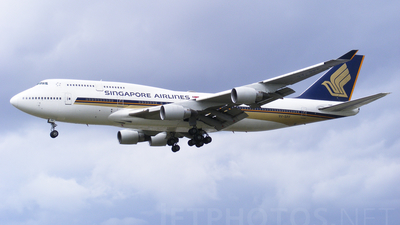 9V-SPF - Boeing 747-412 - Singapore Airlines