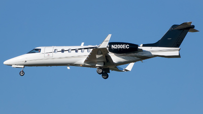 N200EC - Bombardier Learjet 40XR - Private