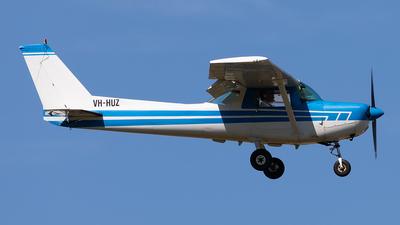 VH-HUZ - Cessna 152 - Private