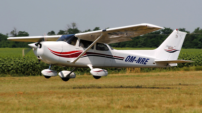 OM-NRE - Cessna 172S Skyhawk SP - Aero Slovakia