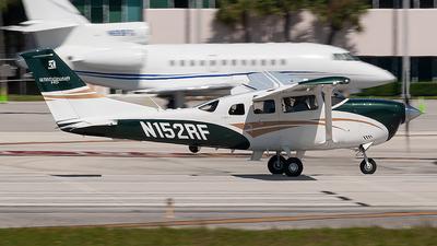 N152RF - Cessna T206H Stationair TC - Private