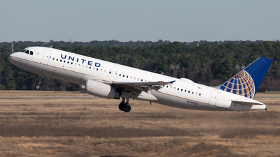 N419UA - Airbus A320-232 - United Airlines