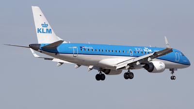 A picture of PHEZS - Embraer E190STD - KLM - © José Ferraz