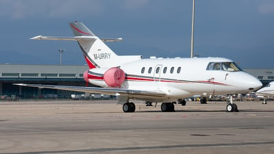 M-URRY - Hawker Beechcraft 800XP - Private