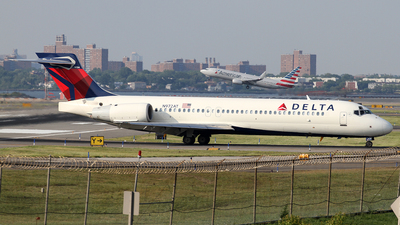 N972AT - Boeing 717-2BD - Delta Air Lines