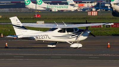 N2217L - Cessna 182T Skylane - Private