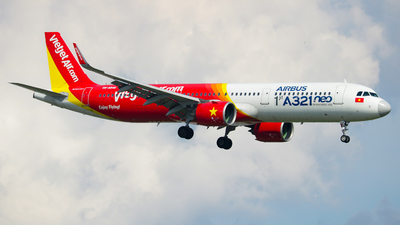 A picture of VNA646 - Airbus A321271N - VietJet Air - © Bao Nguyen Huy