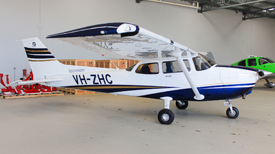 VH-ZHC - Cessna 172S Skyhawk SP - Major Blue Aviation